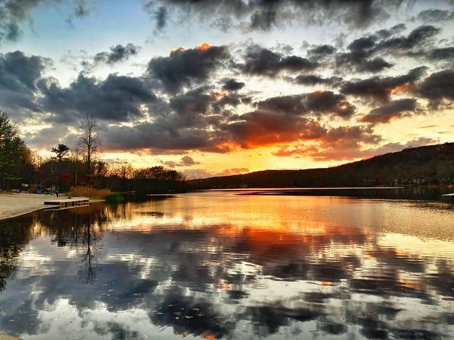Sgongum Lake