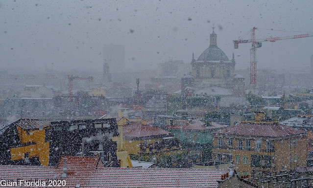 Milano sotto la neve (2)