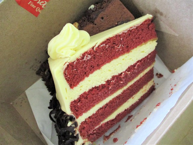 Secret Recipe red velvet and chocolate odyssey