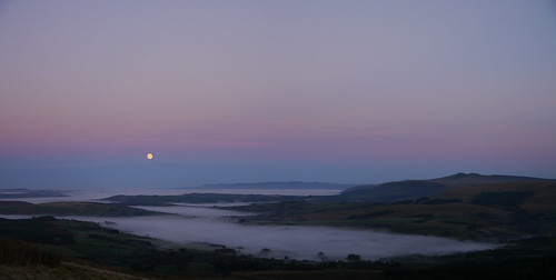 wales mountains breconbeacons landscape winter sunset fullmoon panorama