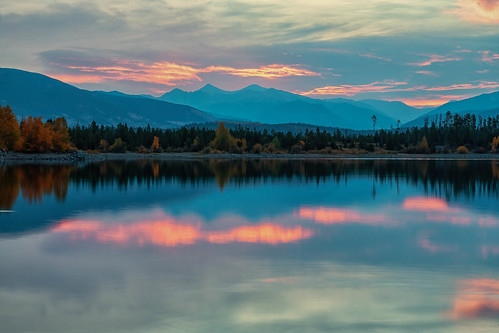 sunrise dawn daybreak clouds trees lake reflections mountains landscape lakedillon dillonreservoir colorado summitcounty