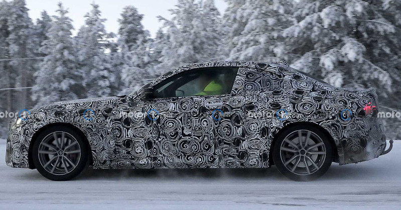2022-bmw-2-series-coupe-spy-photo-from-near-the-arctic-circle (2)