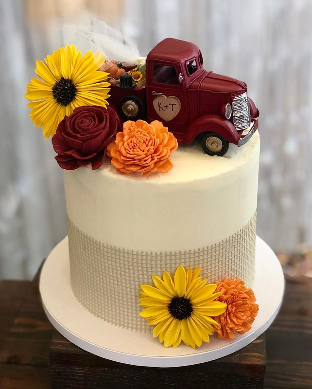 Cake by Belle's Sweet Boutique