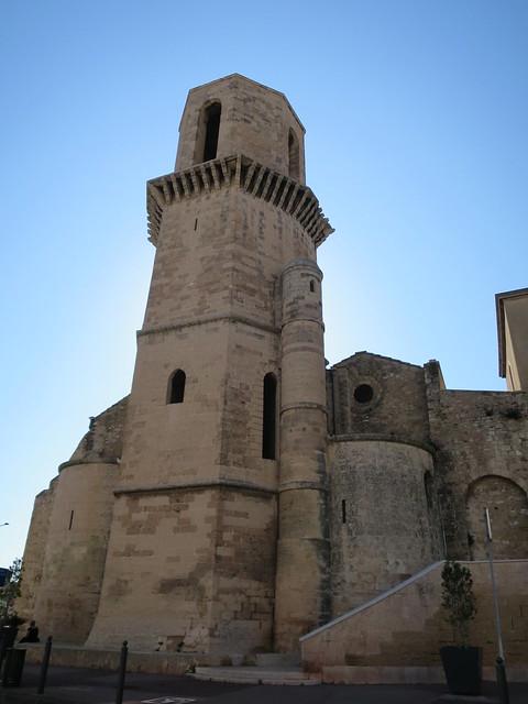 Quel est ce lieu??? Eglise Saint-Laurent (XIIe-XIIIe), Marseille (13)