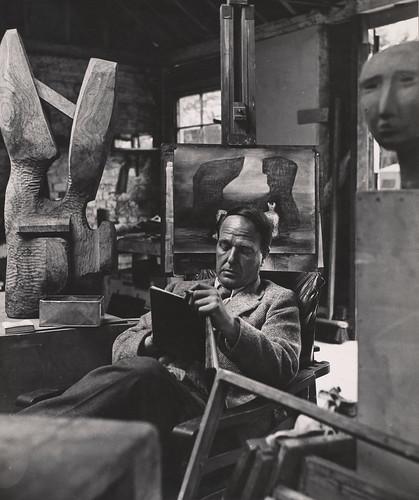 02_Henry Moore_Bill Brandt_1941_© Bill Brandt  Bill Brandt Archive Ltd.
