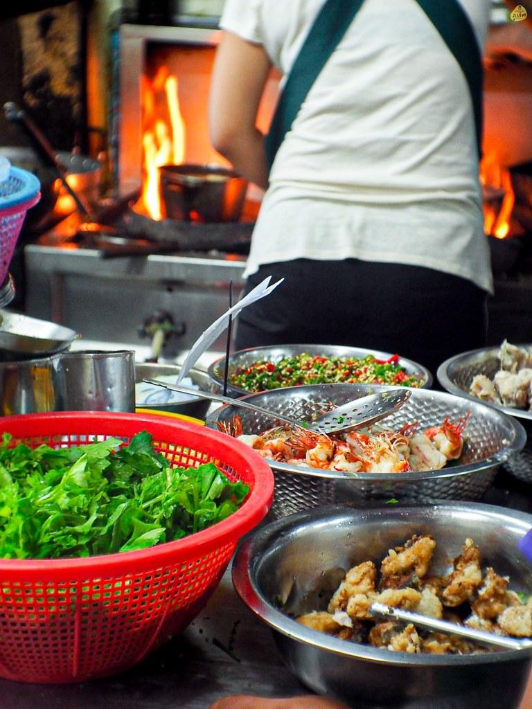 โกฮ้องข้าวต้มปลา ตลาดใหญ่ เมืองภูเก็ต