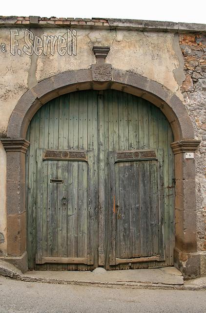 Furtei - Vecchio portone tradizionale