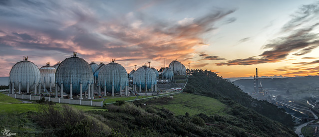 Ocaso en la Campa Torres Panorámica de 6 fotos verticales)