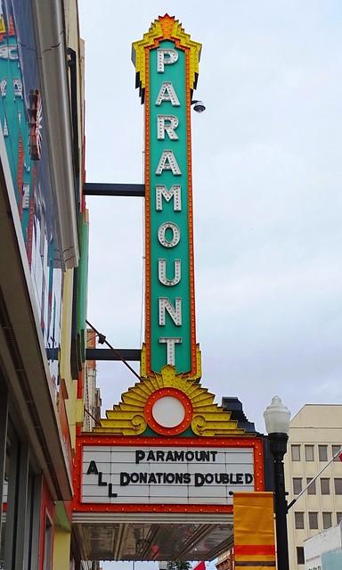 TN, Bristol-Paramount Theater Sign