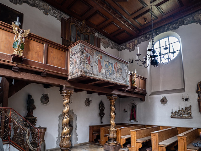Augsburg, Fuggerei: Orgelempore der Markuskirche - Organ balcony in St. Mark's Church