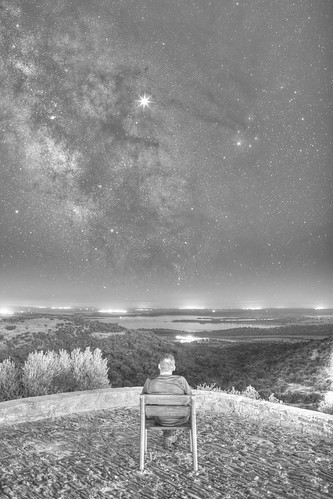 alquevaiiportugalnocturnas summer selfportrait portugal europa europe verano autorretrato nocturnas monsaraz nightscapes