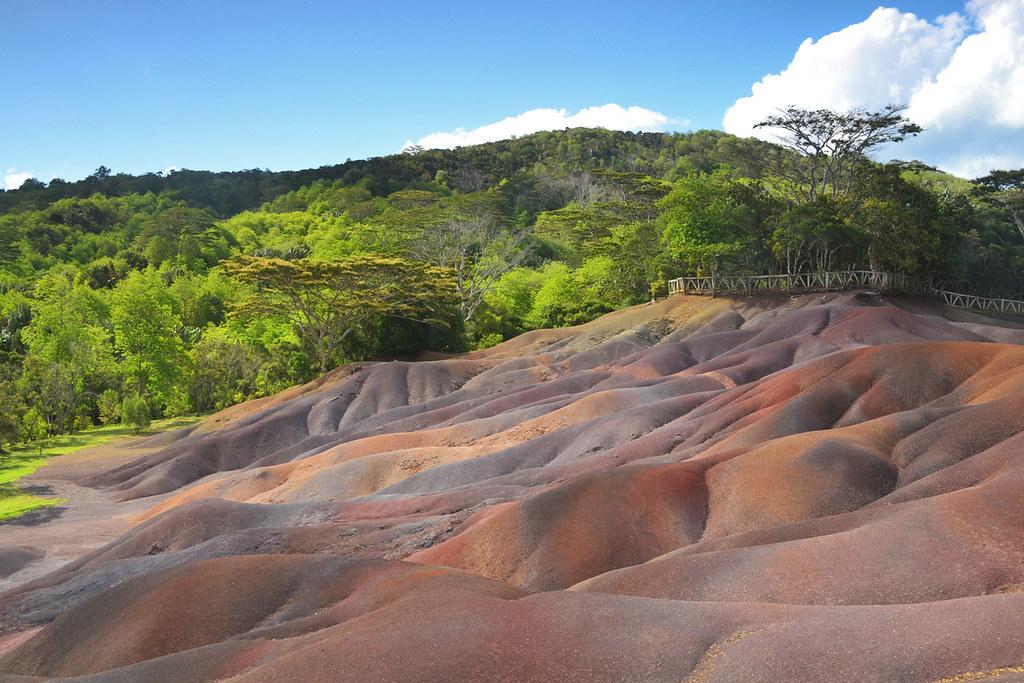 seven+colored+earths+mauritius