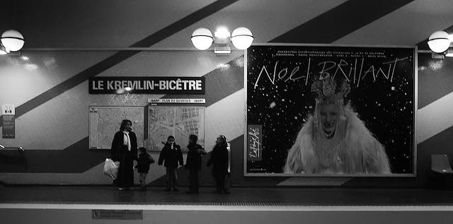 late afternoon on the platform Le Kremlin-Bicêtre