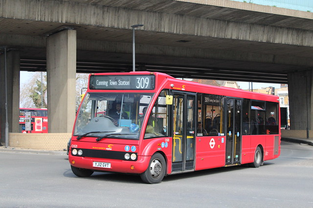 CT Plus OS21, YJ12GVT - Route 309 | Canning Town Roundabout