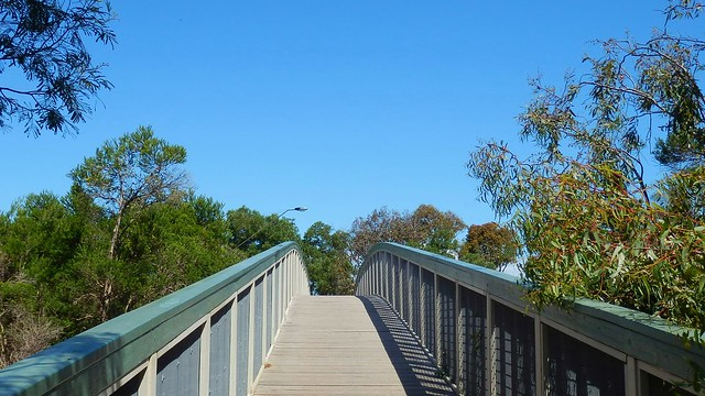 Bridge over Troubled waters, or Mordialloc Creek. 3pm 4/12/20