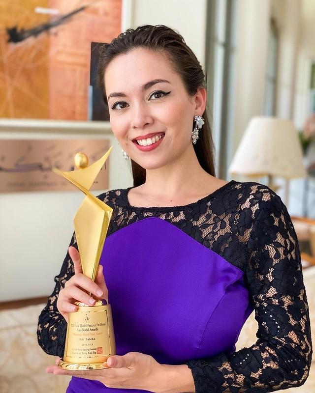 Siti Saleha Menang Asian Model Sempena Penganjuran Asia Model Festival 2020