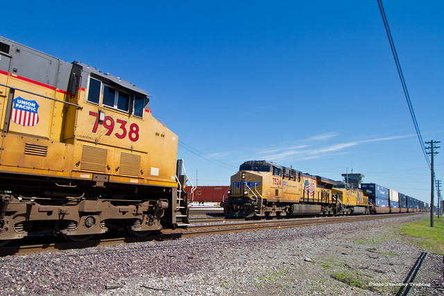 Southbound Stacks, Northbound Coal