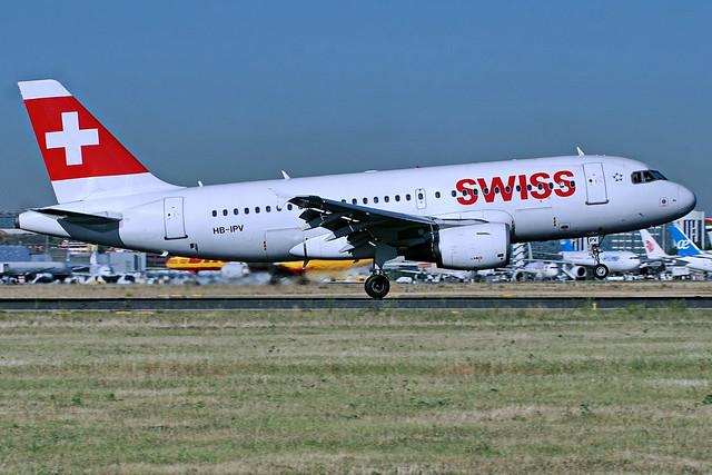HB-IPV A319-112 Swiss   Barajas 19-05-17