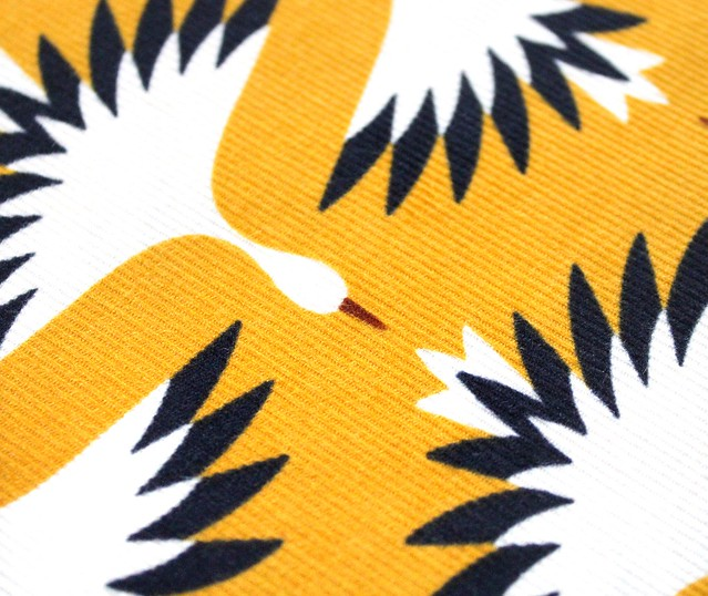 Cloud9 Fabrics A Walk Remembered 227001 Swooping Cranes コーデュロイ