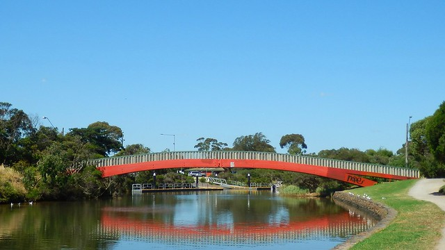 After work walk along Mordialloc Creek 4/11/20 3pm