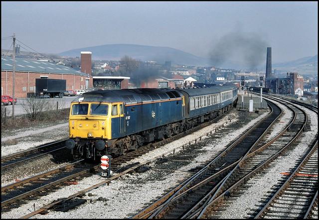 Stalybridge, 47587 (11.24 Newcastle - Liverpool Lime Street) 12/03/87.