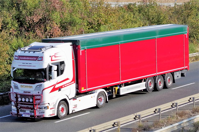 Scania_S 730, Transport Vandenbroucke, Ooigem (B)