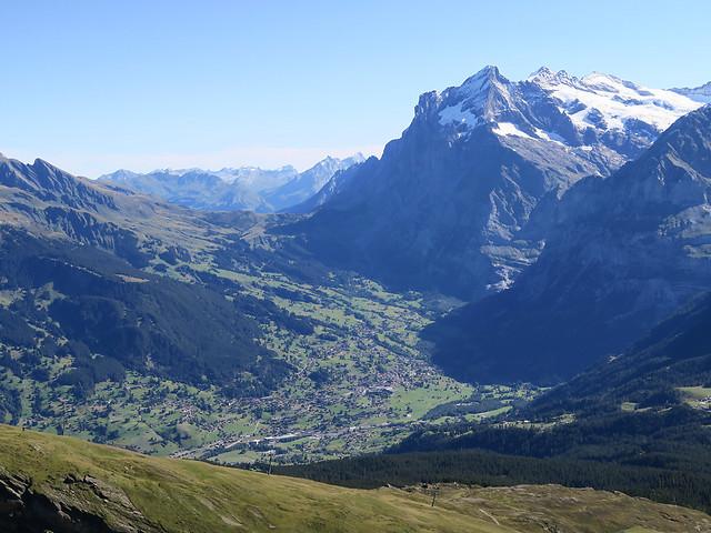 Looking towards Grosse Scheidegg