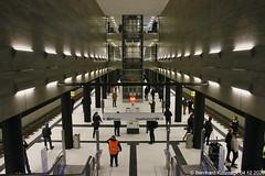 Europa, Deutschland, Berlin, Mitte, U-Bahnhof Unter den Linden, U-Bahn-Linie U5