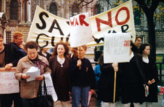 Gulf War Demo , October 1990, Belfast City Hall (2)