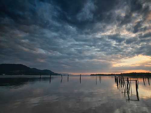 sunrise pier reflections oldjetty morning cloud sea sky travel place trip lumut waterfront perak malaysia canon eos700d canoneos700d 10mm20mm wideangle sigmalens seascape shoreline water dramaticclouds dramaticsky