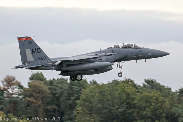 90-0259 - 1990 fiscal McDonnell Douglas F-15E Strike Eagle, transit stop at Lakenheath en-route to a deployment in Jordan