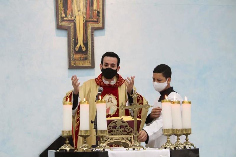 Missa pelos 4 anos de Ordenação Sacerdotal do Pe. Rodrigo Lovatel