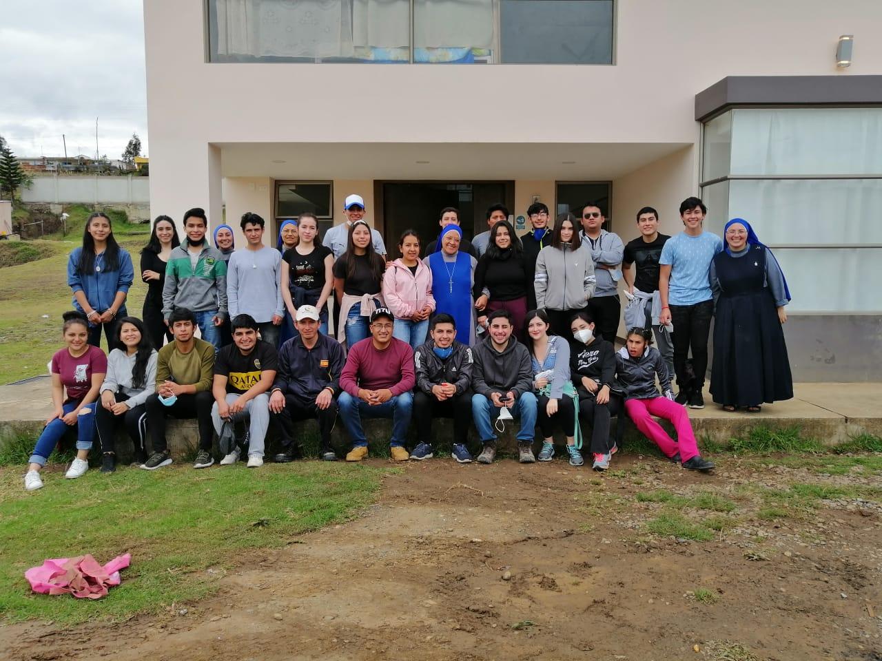 Voluntarios en el Hogar San Camilo de Lellis