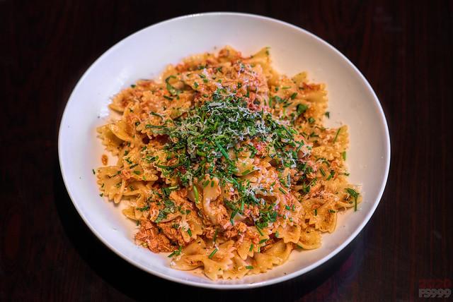Farfale with Tomato Sauce and Tuna