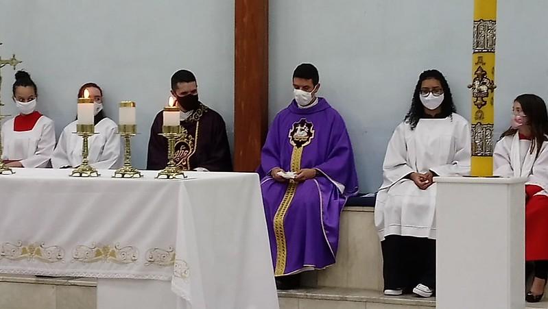 2 anos de Ordenação Padre Alex - N. S. de Lourdes - Gruta