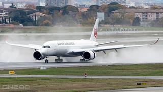 Japan Airlines A350-941 msn 476 F-WZNB /JA08XJ