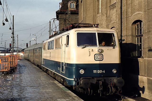 DB 111 001 München Hbf 03.01.1978