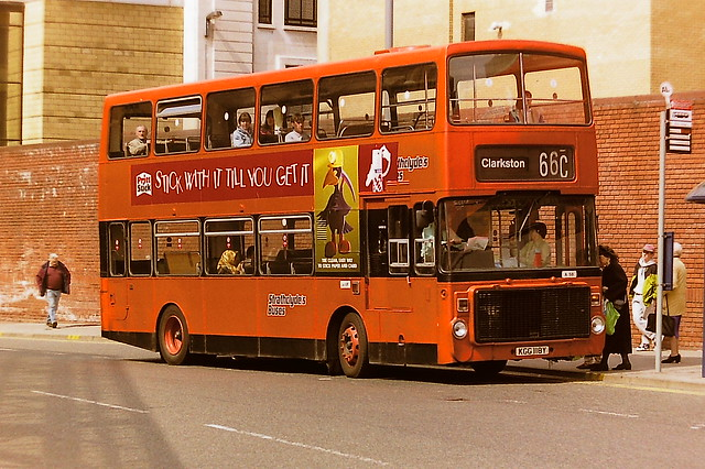 STRATHCLYDE'S BUSES A58 KGG118Y