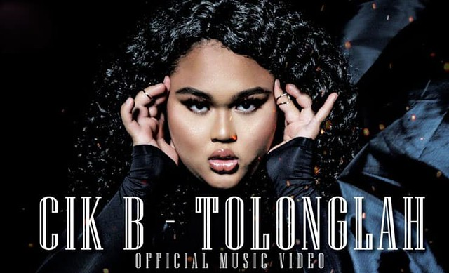 Baru 2 Hari di Youtube, Single Cik B TOLONGLAH Trending No 1 & Cecah 1.4 Juta Tontonan