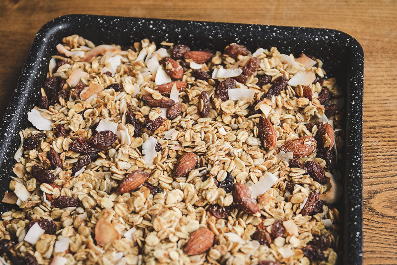 how-to-make-homemade-granola