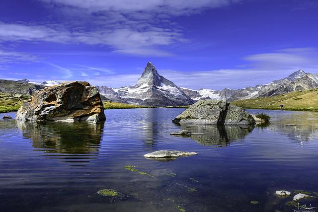 Mountain and lake view with reflection - Stellisee Lake - Zermatt - Wallis - Switzerland