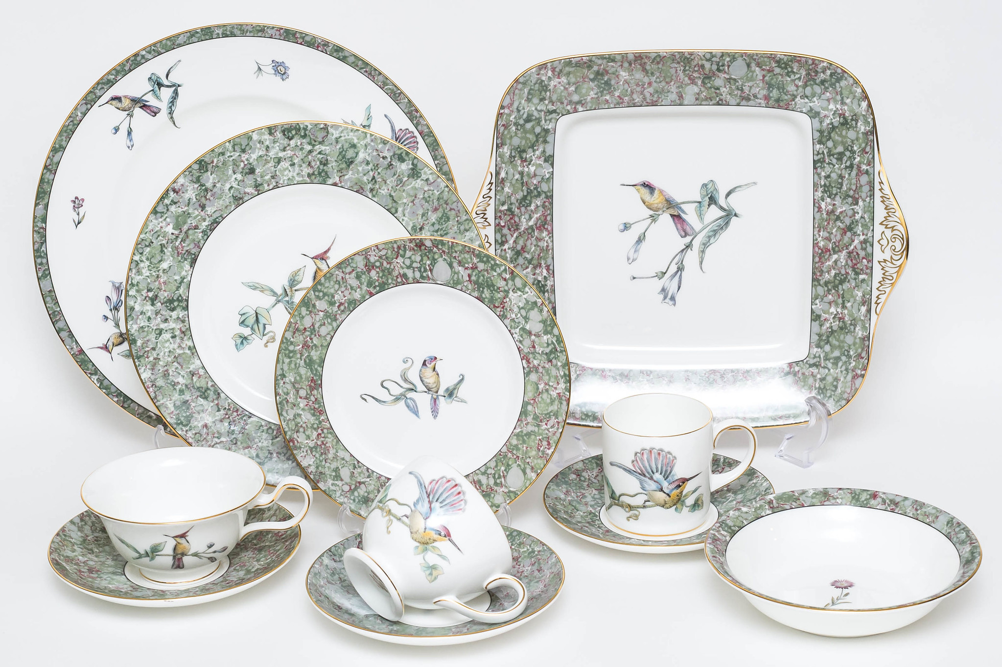 HUMMING BIRDS / WEDGWOOD