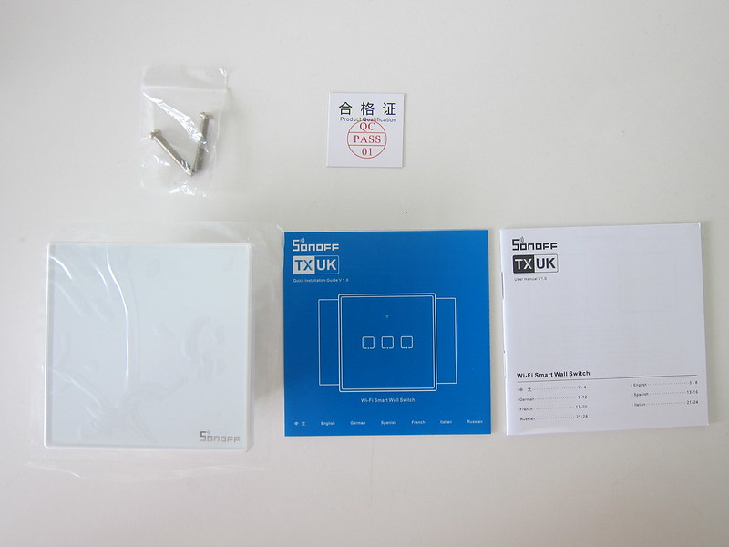Sonoff T2UK - Box Contents