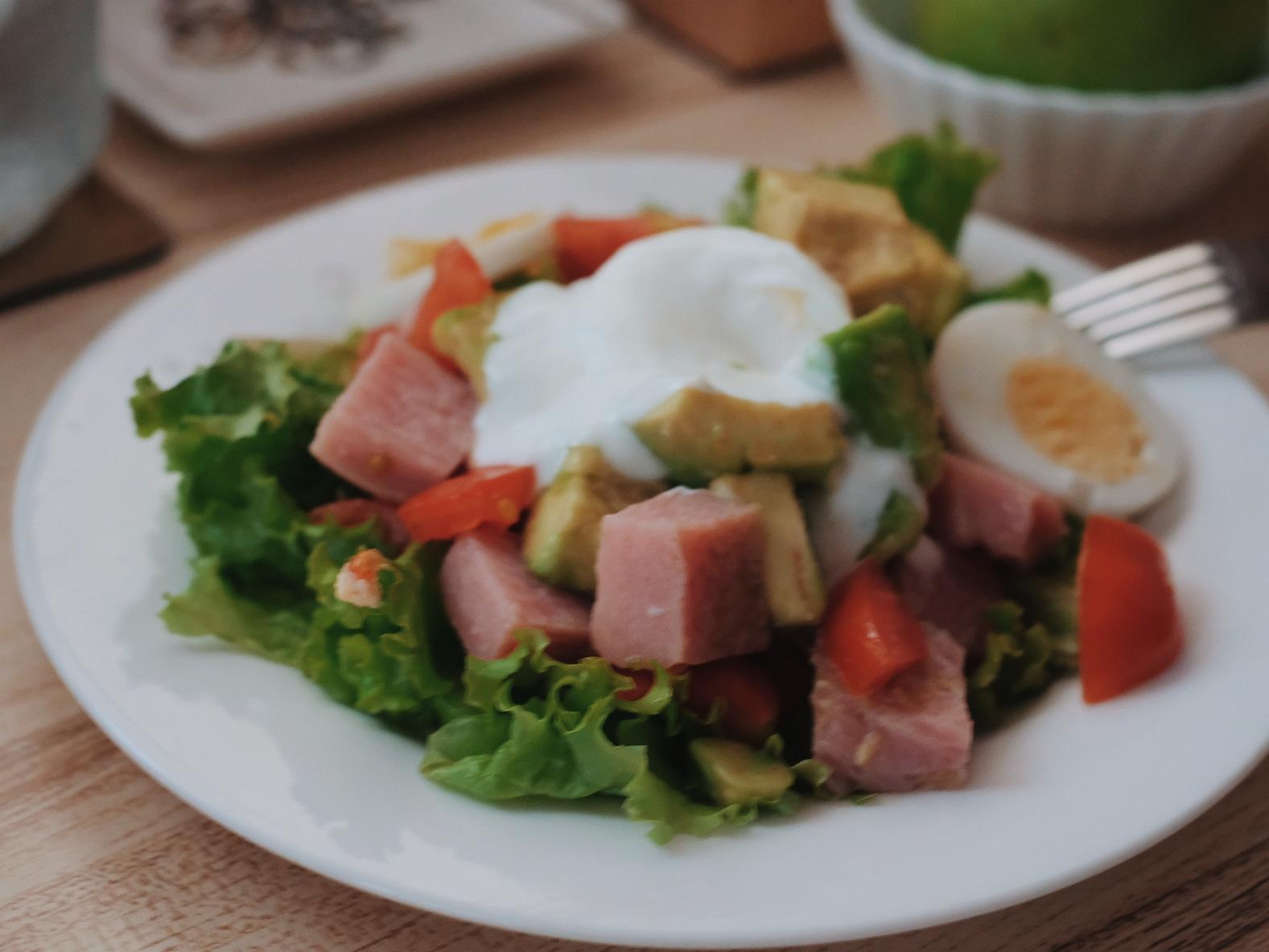 Mekeni Christmas Ham Recipe: Ham & Avocado Salad