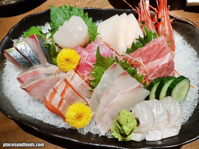 uroko tokujyo sashimi