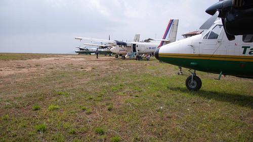nepal himalaya flugzeug flughafen ka