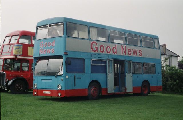 MLH 455L - Good News Bus, Chessington (XLN) 0695