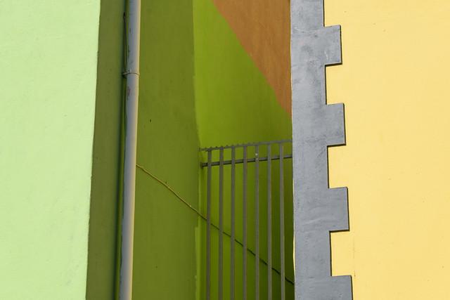 colours in between