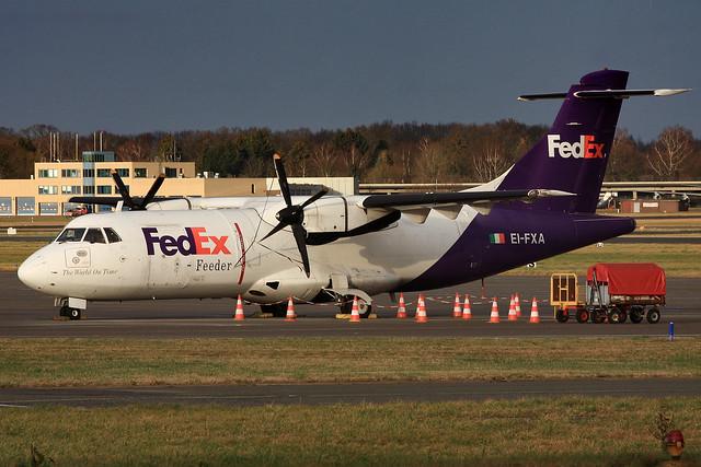 EI-FXA ATR-42 of Air Contractors/Fedex at Hamburg