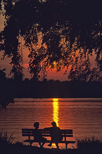 Sunset at Greenlake with silhouetted couple